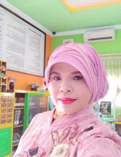 Siti Mahmudatul Banat, S.Sos., M. Pd.